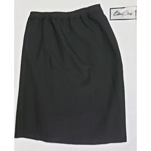 Bend Over Blair A-Line Black Skirt Size 18 NWT
